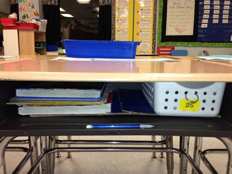 First Grade Fancy Keeping Students Desks Organized Desk Organized
