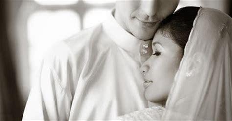 hukum hubungan intim suami istri di bulan ramadhan zona aneh