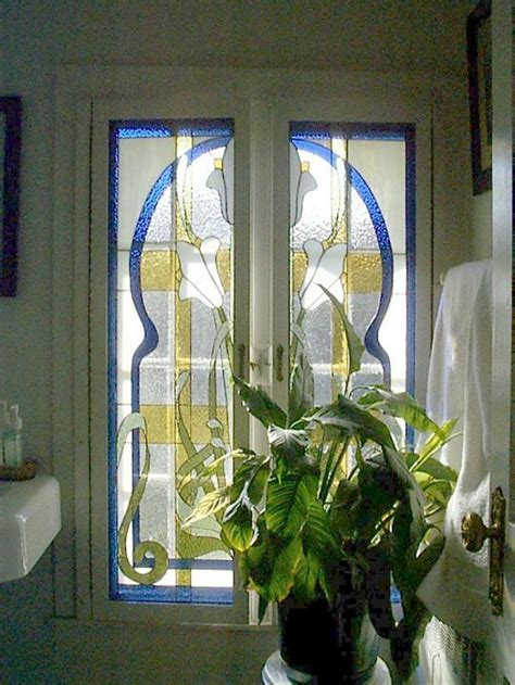 Custom stained glass windows, etched glass and art glass