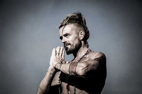 xavier rudd at castle theater