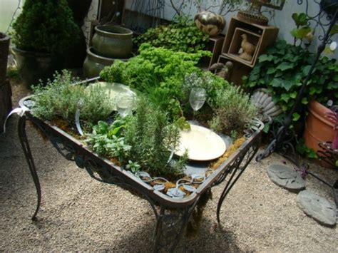 Garten Pflanzen Tisch by 30 Coole Blumen Und Gartenkunst Ideen Inspirierende