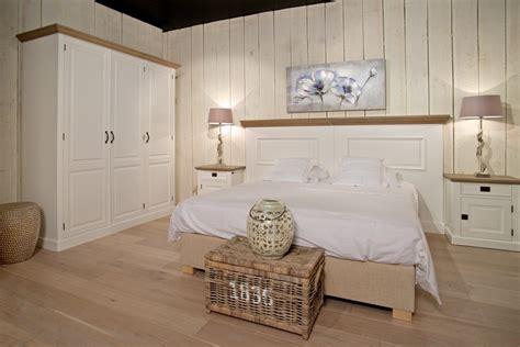 armadio bianco stile provenzale guardaroba provenzale 4 ante armadi provenzali shabby chic