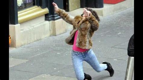 Scarlett Johansson Falling Down Meme - scarlett johansson falls down but what are the editors