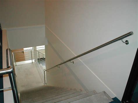 aluminium trap met leuning trappen leuningen ten have metaalwerken