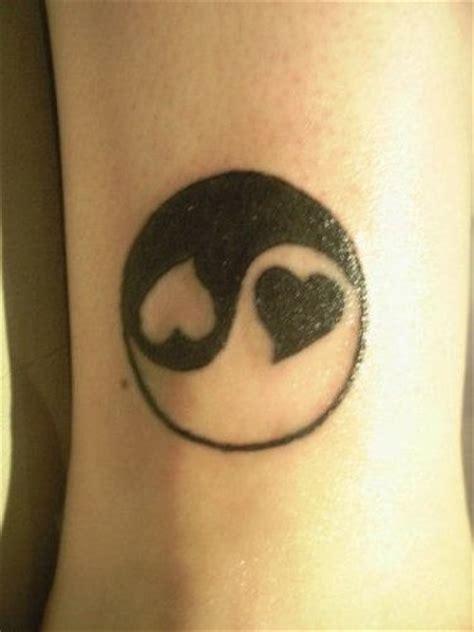 tattoo pictures of yin and yang heart yin yang tattoo tattoo designs tattoo pictures