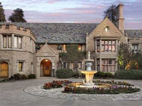 guaranteed playboy mansion address contact hugh hefner playboy mansion sold to twinkies owner