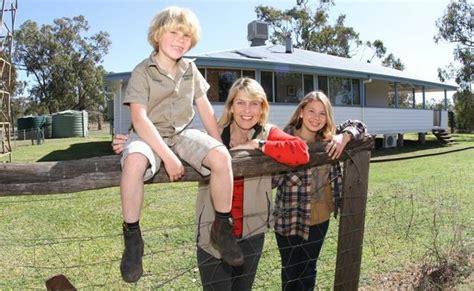 terri irwin house inside irwin family s bush retreat sunshine coast daily