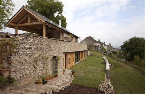 grand designs sees build house on a 30 degree slope