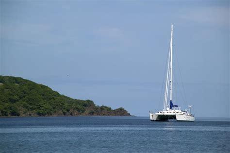catamaran cruise manuel antonio costa rica beach national park tour go visit costa rica