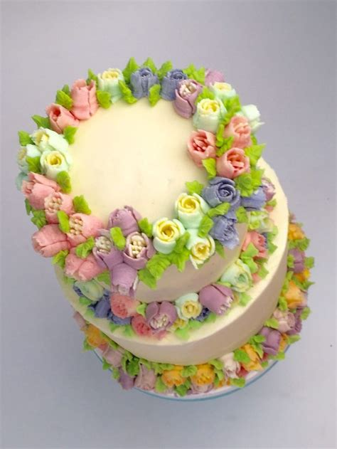 buttercream piping 101 decorating tips designs 256 best images about russian icing tips on pastries tulip cake and piping tips