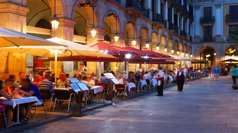 barcelona restaurant 10 best restaurants in barcelona you have to visit
