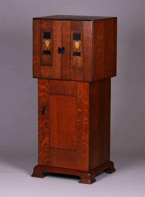 gustav stickley harvey ellis inlaid  cabinet