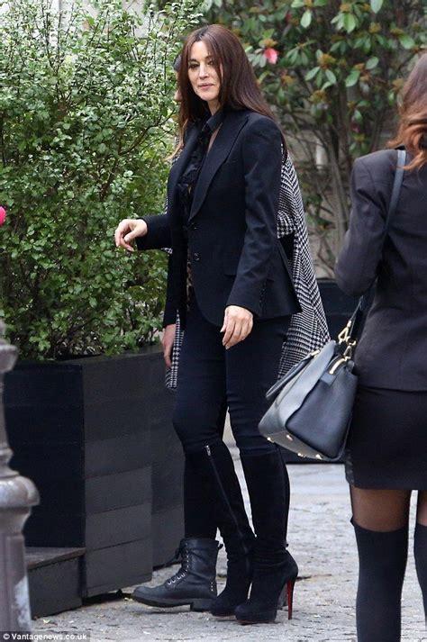 monica bellucci in jeans bond girl monica bellucci 50 flashes her nipples in