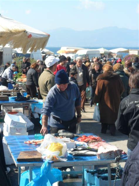 orari di commercio cagliari mercatino di sant elia mercatini all aperto commercio