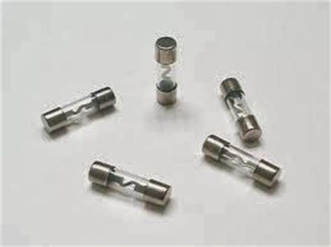 dioda sebagai fuse electoro esse komponen elektronika