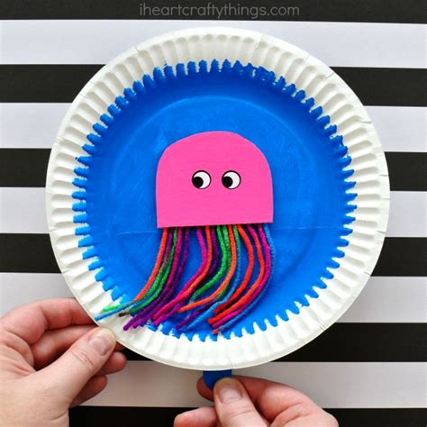 Paper Plate Octopus Craft - paper plate swimming jellyfish craft i crafty things