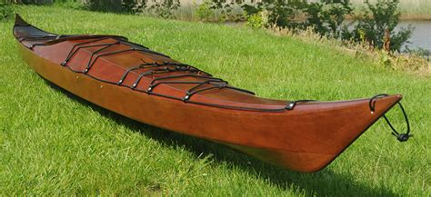 Handmade Wooden Kayak - bespoke global product detail stitch and glue heron