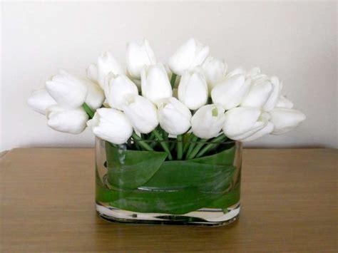 composizioni fiori fai da te centrotavola fai da te con i fiori finti foto