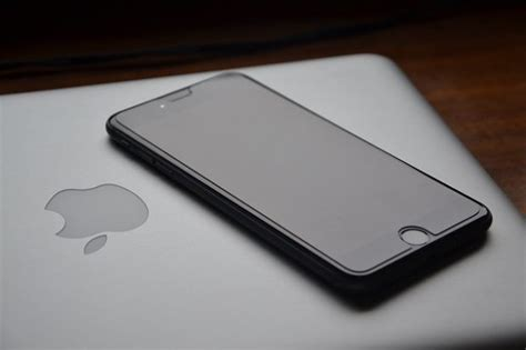 Laptop Apple Iphone iphone laptop dock designs patented by apple segmentnext