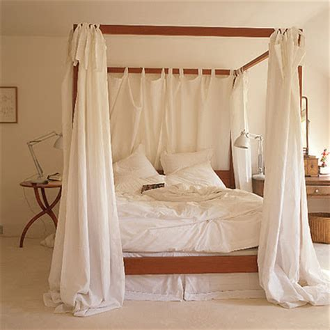Four Poster Canopy Bed Curtains | aneesa anis romantic beds