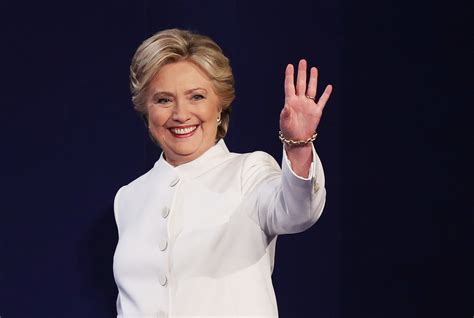 what is hillary clinton hair coloer height weight and eyes hillary clinton wore a white ralph lauren suit at the