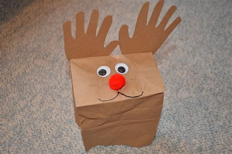 Paper Bags Crafts - 13 yet simple paper bag reindeer guide patterns