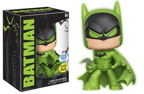 Deluxe Glow In The batman green glow in the vinyl deluxe vinyl pop price guide