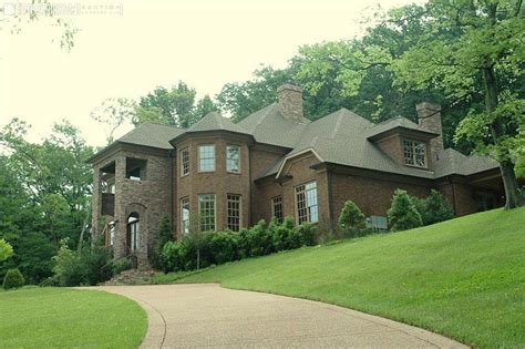 tennessee s forest luxury home up for auction