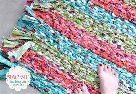 make braided rug show saturday my big braided rug total stash buster sewcanshe free sewing patterns
