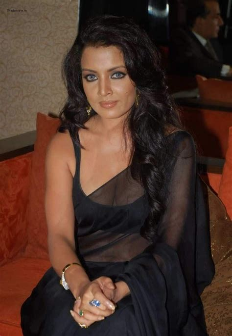 asha saini in black transparent nighty photos beautiful images celina jaitley cleavage show in