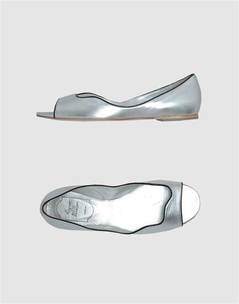 silver flat peep toe shoes roger vivier peep toe ballet flats in silver lyst