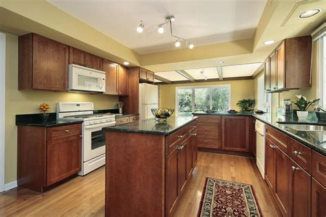 Kitchen Wall Colors With Cherry Cabinets 43 Quot New And Spacious Quot Darker Wood Kitchen Designs Layouts