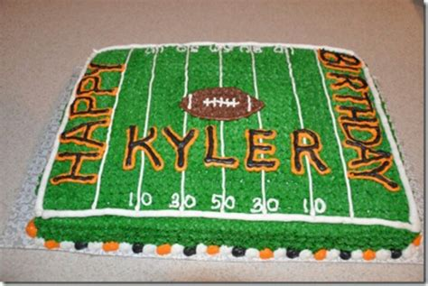 Football Cake Decorating Ideas by 1000 Ideas About Football Cake Decorations On