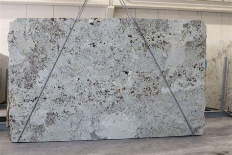 Quartz Countertop Vs Granite Price by 17 Best Ideas About Quartz Countertops Prices On