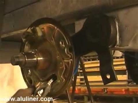 boottrailer wiellagers knott remvoering vervangen www aanhangwagendirect nl