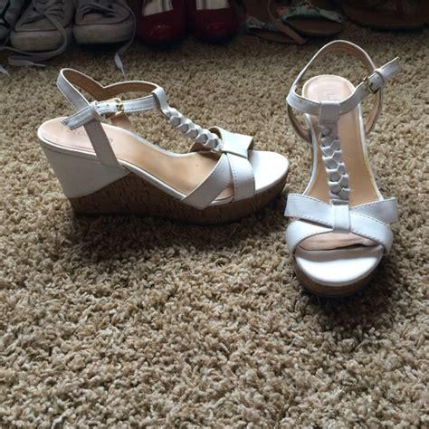 67 liz claiborne shoes liz claiborne wedges from
