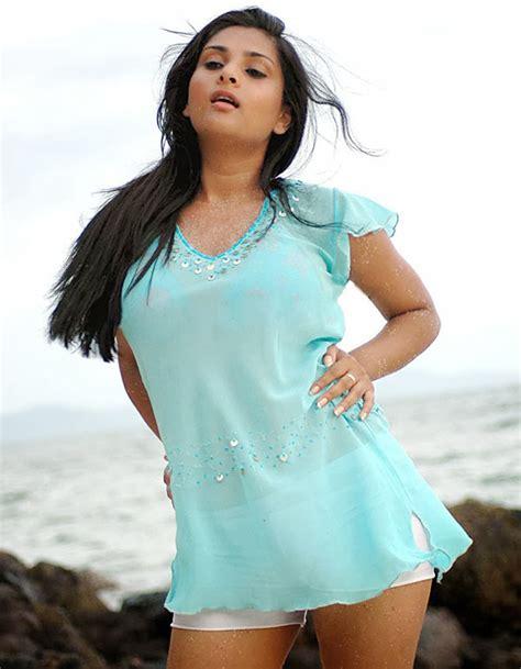 kannada film actress ramya age ramya wiki age height affairs bio dob photo image