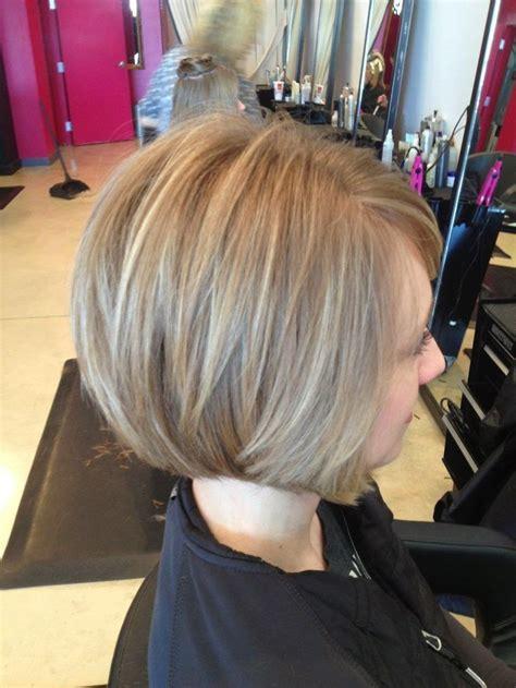 coupe de cheveux qui vieillit femme coupe de cheveux