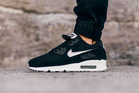 Max Silver Black nike air max 90 essential black silver sneaker bar detroit