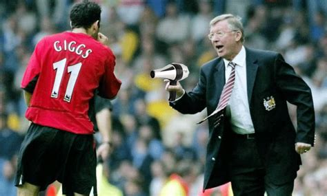 Hairdryer Treatment alex ferguson still gives giggs and gary neville the