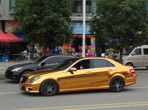 mercedes benz e63 amg gets gold wrap in china autoevolution
