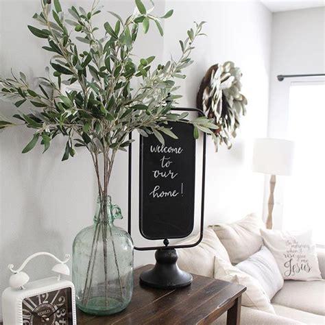 flower vase for living room 17 best ideas about living room vintage on mid century living room bohemian vintage