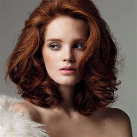 full volume curls hairstyle 1000 ideas about medium red hair on pinterest medium