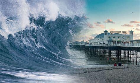 fotos tsunami de jap 243 n cuatro a 241 os despu 233 s galer 237 a de tsunami could strike uk at any moment scientist warns