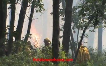 the lakewood scoop » photos & video: brush fire burns