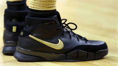 Nike Zoom Agility Premium Quality nike 4 gold mamba international college of