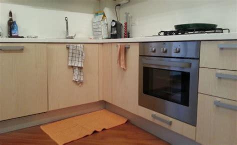 cambiare colore ante cucina cambiare colore ante cucina verniciare mobili cucina