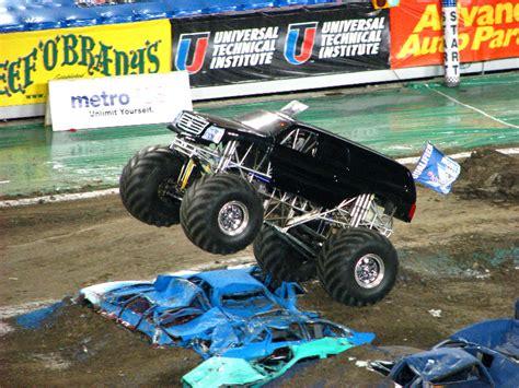 monster truck show in ta fl monster jam raymond james stadium ta fl 191