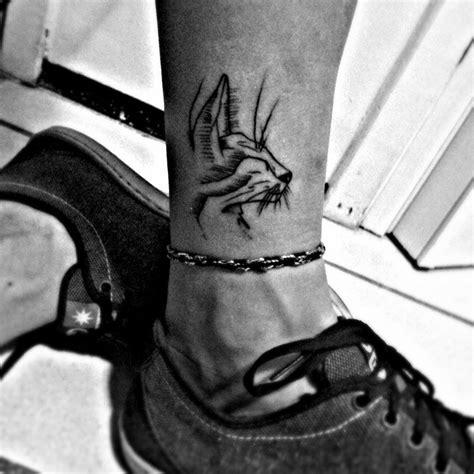 tattoo cat on leg cat tattoo on leg best tattoo ideas designs