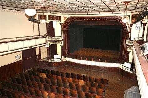 earlville opera house earlville opera house cinema treasures
